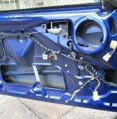 Процедура снятия обшивки двери Форда Фокус 3
